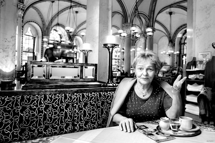 Blog Entropy, Barbara Rieger, Alain Barbero, Marianne Gruber, Café Central, Cafés Viennois, Kaffeehaus, Wien, Vienne, Melange der Poesie