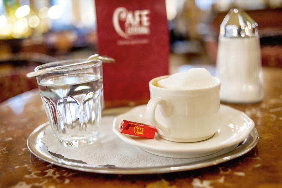 Cafe-Central-Melange.jpg