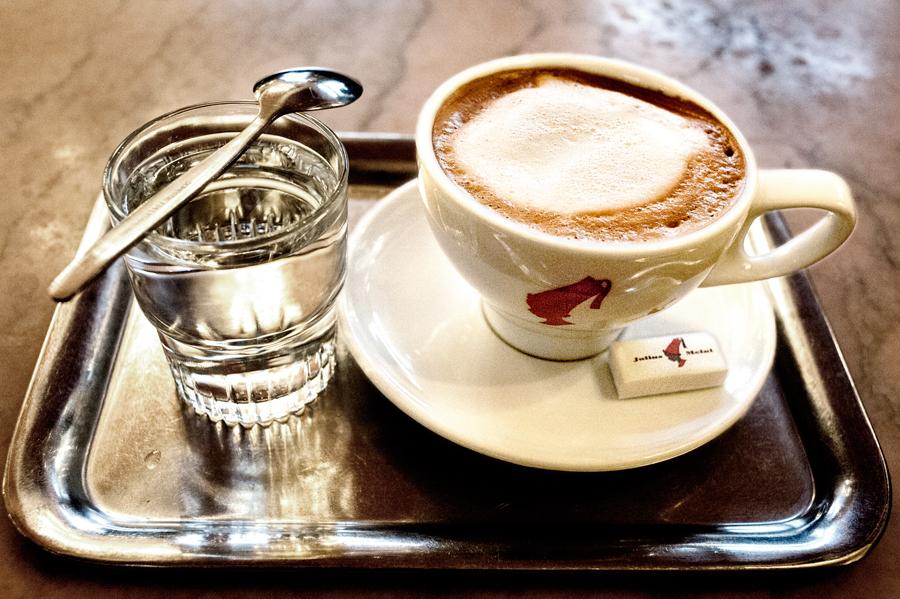 Cafe-Raimund-Melange.jpg