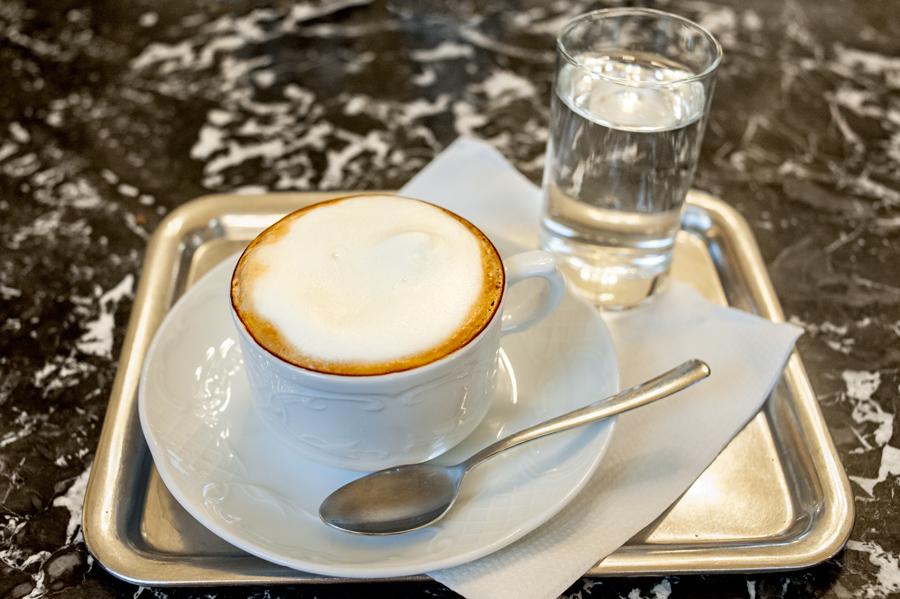 Cafe-Rathaus2-Melange.jpg