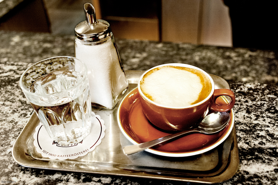 Cafe-Weingartner-Melange.jpg_backup